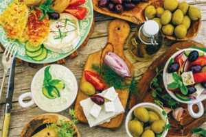 The Mediterranean diet is rich in fruits, vegetables, whole grains, beans, potatoes, nuts, olive oil and fish. Credit: © Gorilla / Fotolia