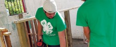 Volunteers travel hundreds of miles to rebuild 4-H farms hit by Irma